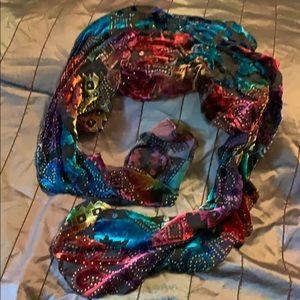 Accessories - Multicolored light scarf